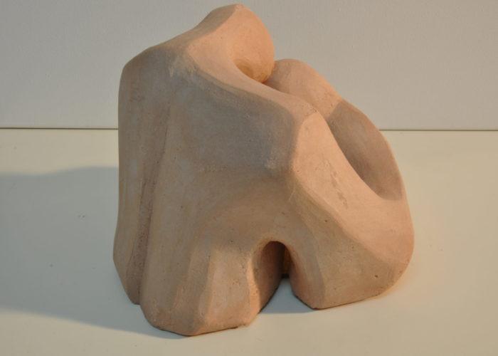 Reconciliación I. Gres cerámico cocido. 14x20 x20 cma.Begp Otero. www.oteroart.com